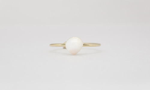 Tiny blossom shell ring